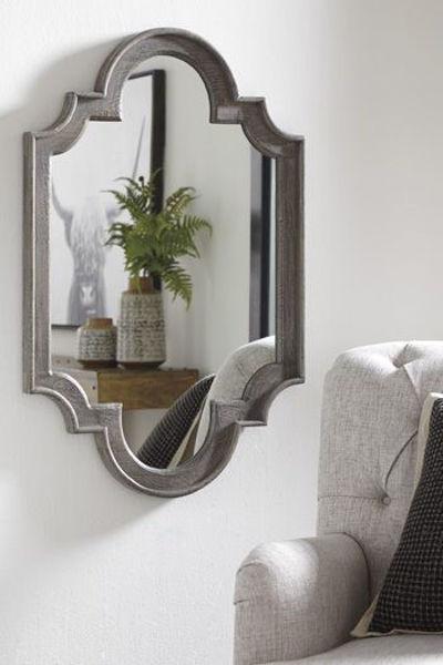 Picture of Accent Mirror/Williamette