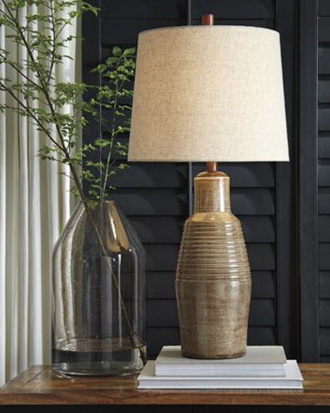 Picture of Terracotta Table Lamp (1/CN)