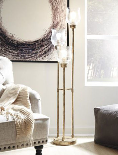 Picture of Metal Floor Lamp (1/CN)/Emmie