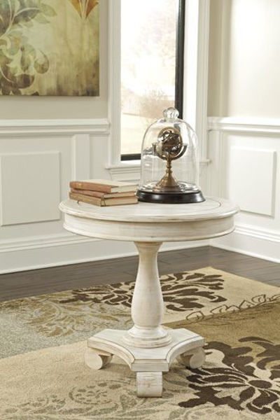 Picture of Round Accent Table/Mirimyn